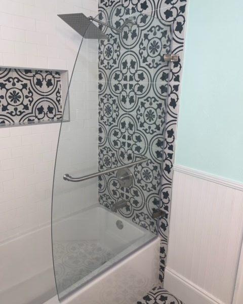 Craftsman House Bathroom - St. Petersburg, FL
