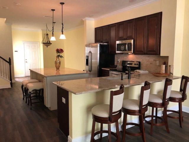 Traditional Kitchen Townhouse - South Tampa FL